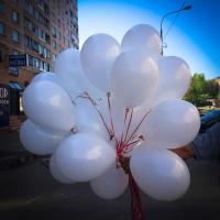 Букет из шаров с белыми шарами